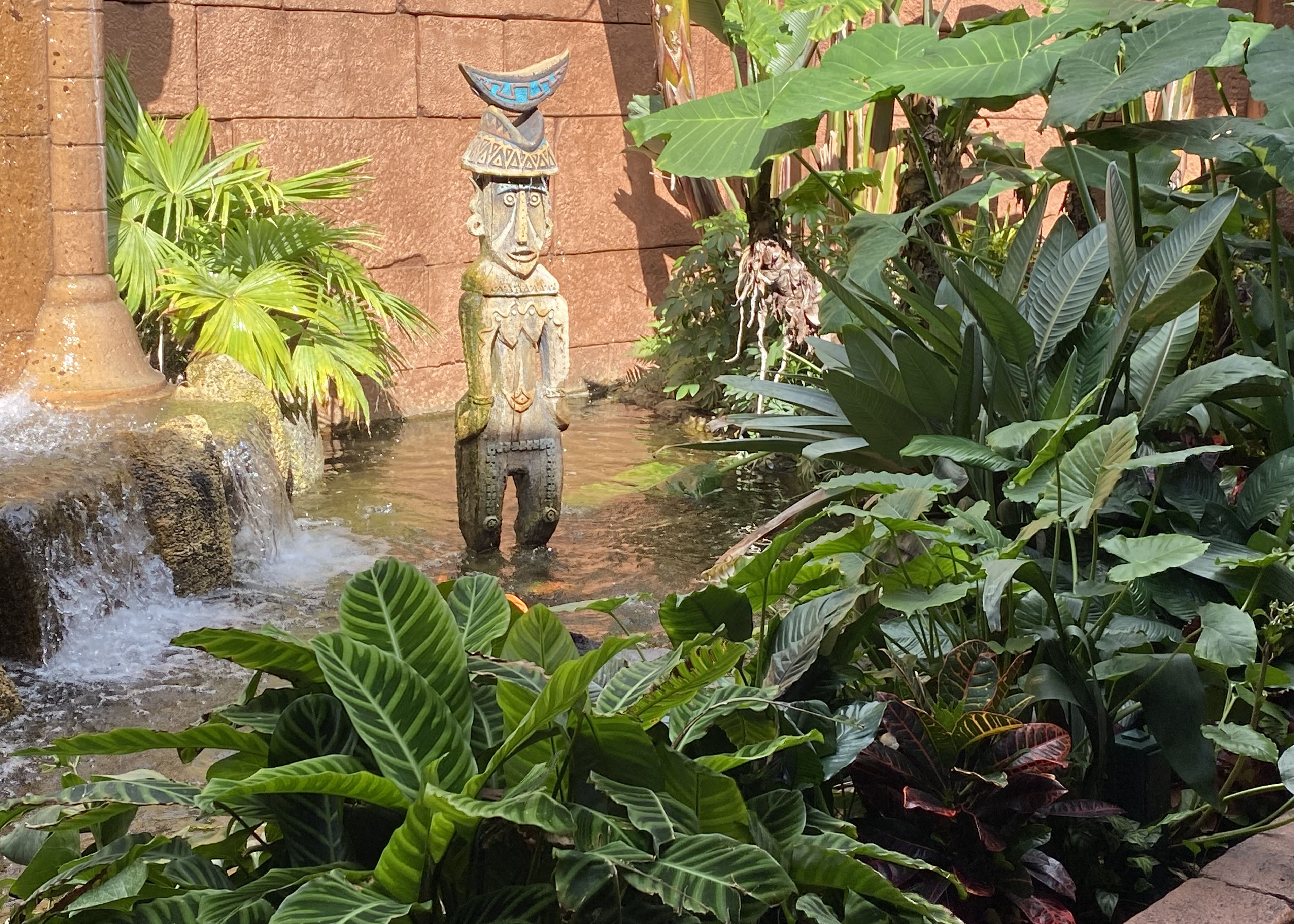sculpture and water feature.jpg thumbnail