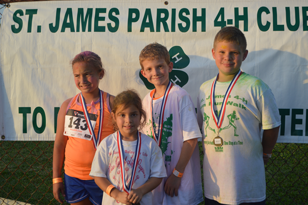 4-H supporters